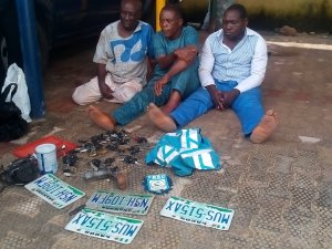 Police arrest grandpa, 2 others for car snatching