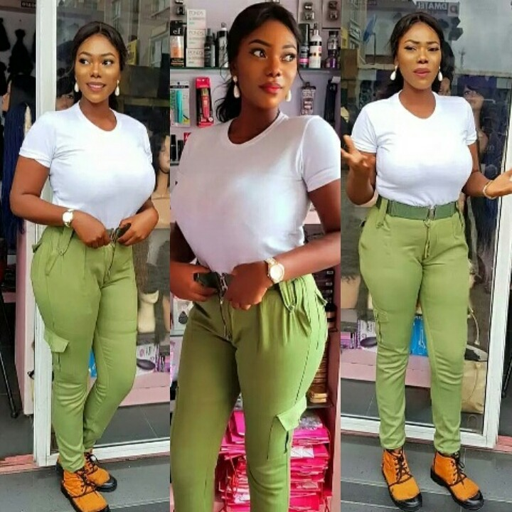 , Busty Female Corper Set The Media Ablaze With Eye-popping Photo, Effiezy - Top Nigerian News & Entertainment Website