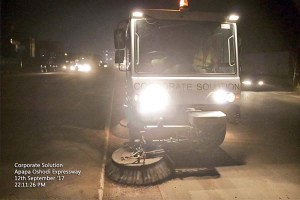 Lagos state commences mechanized sweeping of roads at night (Photos)