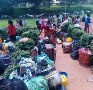 UNN Students Thrown Out Of The Hostel In Enugu (pics)