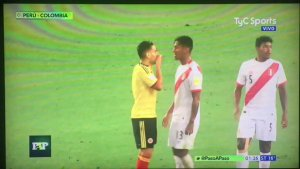 WOW WOW! Video of what appears Falcao convincing Peru players one by one to deal for a draw that would qualify both ( Video)