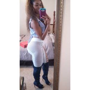 See the sexiest 41-year old woman on Instagram (Photos)