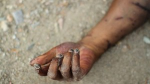 , Tragic!: Man gets buried alive while excavating sand, Effiezy - Top Nigerian News & Entertainment Website