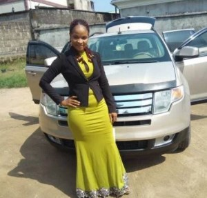 Nigerian lady gets a brand new car after giving her car to the church (Photos)