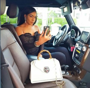 Actress, Chika Ike flaunts N1.6million Gucci Bag (Photos)