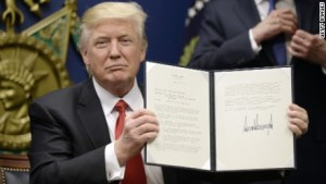 JUST IN: US Supreme Court allows Trump's travel ban go into full effect