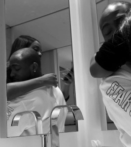 , Romantic Photos Of Davido and Girlfriend, Chioma After His concert In London, Effiezy - Top Nigerian News & Entertainment Website
