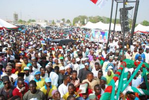 Over 35,000 People Joins APC In Niger State (Photos)