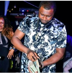 See Escoba Smith Throwing Money At E-Money's Birthday Party (Photos)