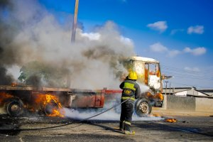 Truck On Fire At Ladipo Market, Lagos (Photos)