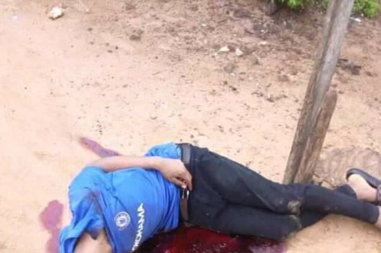 See this Eiye Cultist Shot Dead By Rival Gang in Broad Daylight (Disturbing Photo)