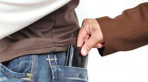 Tricks to outsmart pickpockets while on a trip