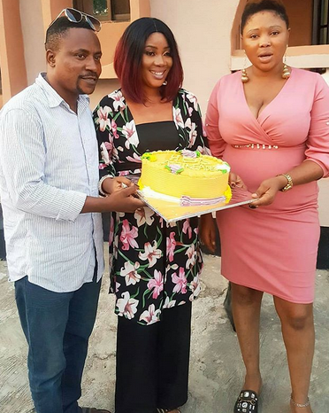 Yoruba Actor, Segun Ogungbe Celebrates With 1st Wife, Then His 2nd Wife Photo Bombs (Photos)