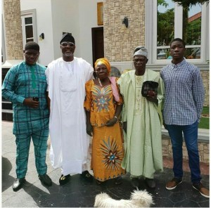 Father's Day: Dino Melaye, His Parents And His Children Take Photo Together