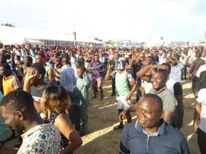Check Out The Crowd At Eko Atlantic Viewing Centre To Watch Nigeria Vs Iceland Match (Photos)