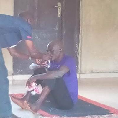 """Mad man who had been roaming the street of Ikole-Ekiti for ten year """"miraculously healed"""" by female evangelist (Photos)"""