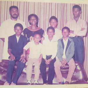Throwback Photo Of Pete Edochie And His Family In The 80's Shared By Yul Edochie (Photo)