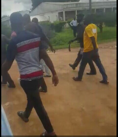 , Uniabuja student points gun at female lecturer (Photos and Video), Effiezy - Top Nigerian News & Entertainment Website
