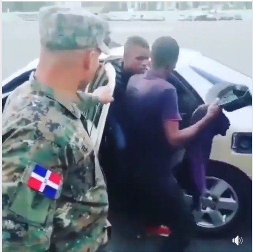 , SAD!! Over 20 Africans Nabbed In A Small Car In Failed Smuggling Attempt. (Video)), Effiezy - Top Nigerian News & Entertainment Website