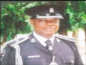 ONE MONTH BEFORE HIS RETIREMENT! Police SP dies during intercourse with mother of two in his office