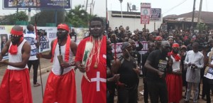 'Native Doctors, Stakeholders, Residents Protest Against Benin Electricity