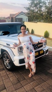 South African doctor gets a G Wagon as push present from her husband
