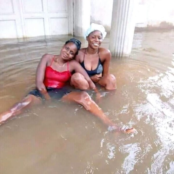 , Slay Queens Swim In Flood In Imo State (Photos), Effiezy - Top Nigerian News & Entertainment Website