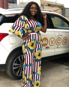 Hardworking BBnaija's Bisola Aiyeola Poses With Her New SUV (Photos)