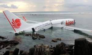 #LionAir: Brand new plane carrying 188 passengers crashes into sea after takeoff in Indonesia, No survivor found yet (Photos)