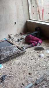 Man Found Dead In An Uncompleted Building In Lekki, Lagos. (Graphic Photos)