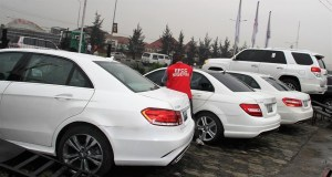 EFCC Raids Automobile Company They Claim Is Owned By Yahoo Boys, Seize 29 cars (Photos)