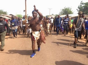 Check out how Minister of Youths and Sports, Solomon Lalung stormed cultural carnival in Plateau (Photos)