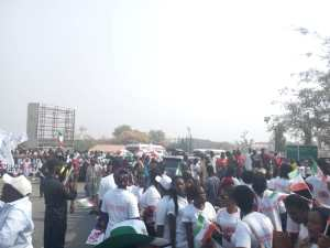 Massive Crowd Awaits Atiku At Abuja Airport As He Arrives From His US Trip -(Photos)
