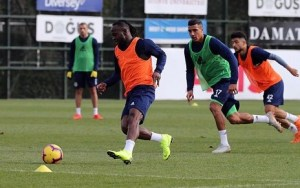 Victor Moses Shares Photos From His First Training For Fernabahce, His New Club (Photos)