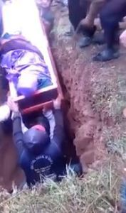 , Corpse falls out of coffin during burial after pallbearer tumbled and fell on it (Video), Effiezy - Top Nigerian News & Entertainment Website