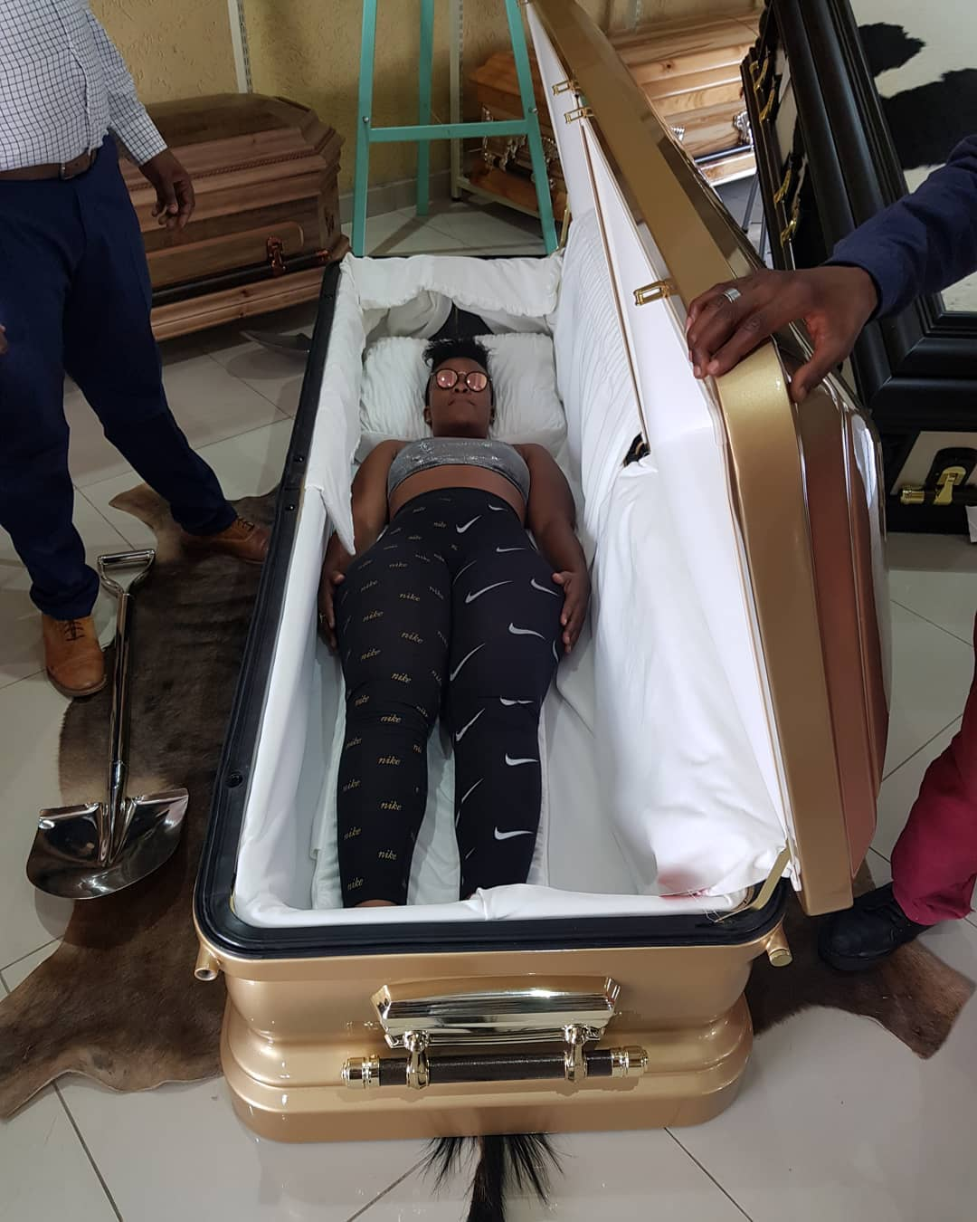 , Pantless Dancer, Zodwa Buys Her Coffin Ahead Of Her Death (Photos), Effiezy - Top Nigerian News & Entertainment Website