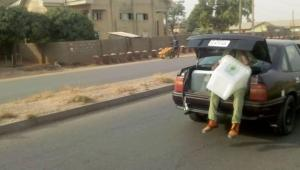 #NigeriaDecides2019: Corper Seen Sitting In The Booth Of A Car In Bauchi (Photo)… #electionday