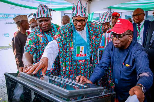 Buhari, Revealed: LUTH Cancer Centre Is Still Under Lock 3 Weeks After Being Inaugurated By Buhari, Effiezy - Top Nigerian News & Entertainment Website