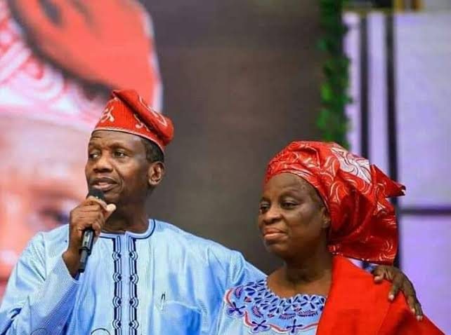 , I'll keep doing the work of God – Adeboye fires at critics, Effiezy - Top Nigerian News & Entertainment Website