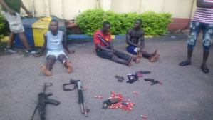 Kidnappers in gun battle with police, 2 killed, 3 others arrested.