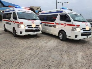 Ifeanyi Ubah snubs Innoson ambulance, buys foreign vehicles (Photos)