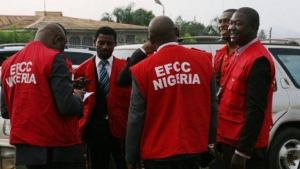 EFCC arrests 14 suspected fraudsters, seizes 8 cars in Anambra