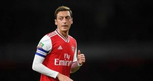 Ozil offered £15m deal to leave Arsenal