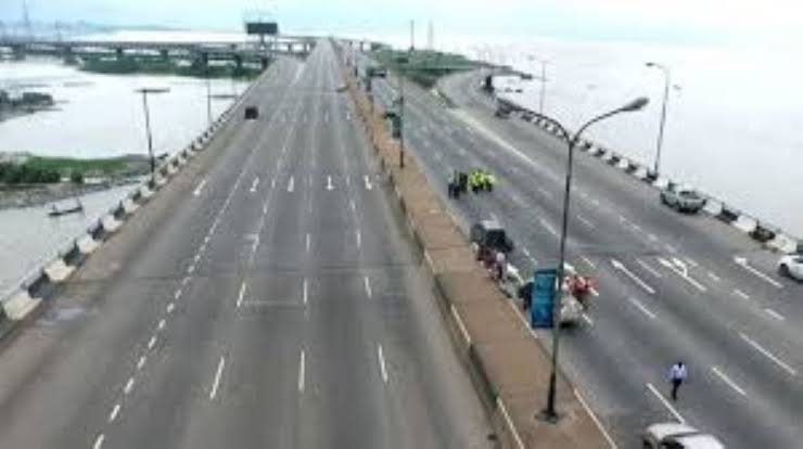 , Third Mainland Bridge will be reopened on February 15 – Fashola, Effiezy - Top Nigerian News & Entertainment Website