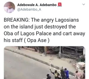 Breaking! Oba Of Lagos palace set on fire, his staff of office stolen (Video)