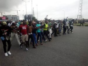 EndSARS protesters shut Lekki Toll Plaza for second day