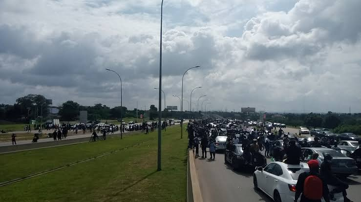 EndSARS protesters blocked Airport road in Abuja