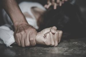 , Policeman allegedly rapes 13-year-old girl in Benue, Effiezy - Top Nigerian News & Entertainment Website