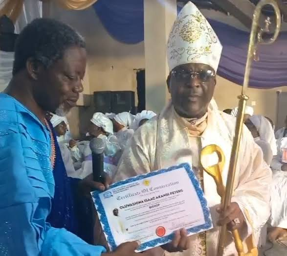 Legendary Singer, Shina Peters Ordained as Bishop