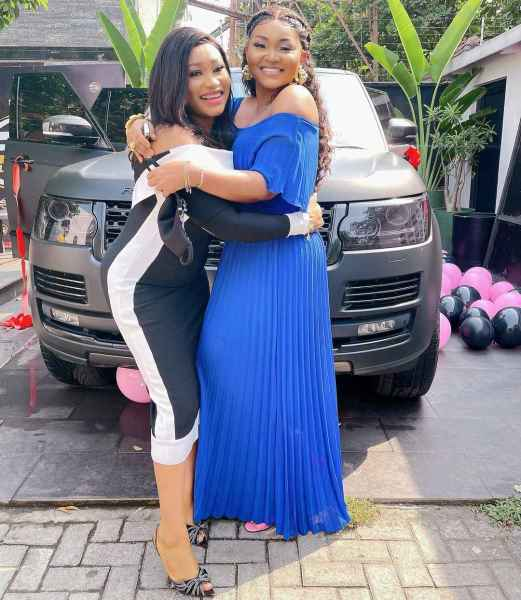 , Actress, Mercy Aigbe gets brand new range rover as birthday gift (video + photo), Effiezy - Top Nigerian News & Entertainment Website